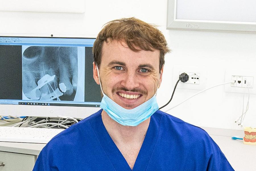 Dr. Giulio Grossi - Dentista